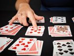 ПЕРЕМЕНА МЕСТ Пасьянс для двух колод по 52 карты