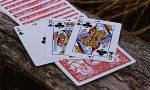 БЕСПОКОЙНЫЕ ДВОЙКИ Пасьянс для двух колод по 52 карты