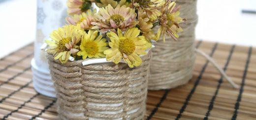 Вазочка для цветов из бумажного стаканчика